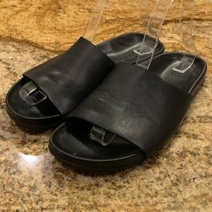 Everlane The Form Black Leather Slide Sandals.  9